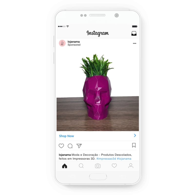Loja Nama's creative Instagram ads