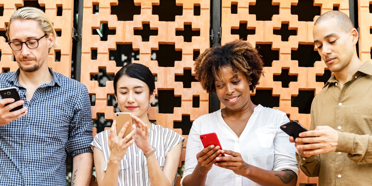 The four benefits of using social media for customer service